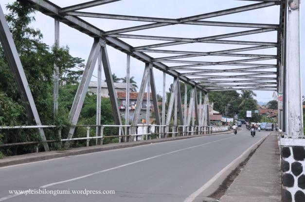 jembatan leuwiliang