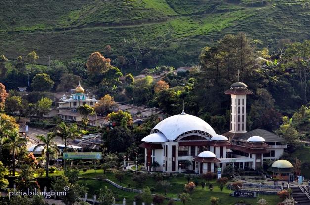 Atta'awun mosque